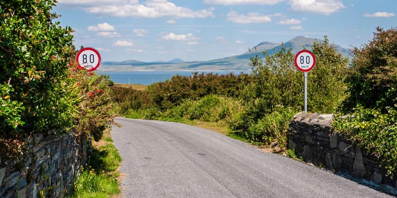 Tips for driving in Ireland