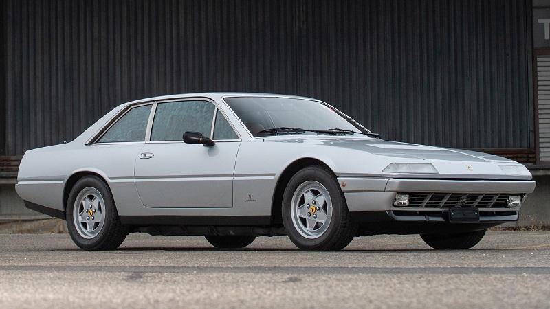 4 seater Ferraris